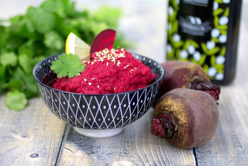 Geröstetes Rote-Bete-Hummus selber machen