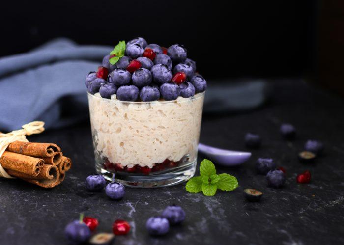 Rezeptewelt Zimt-Milchreis mit Heidelbeeren