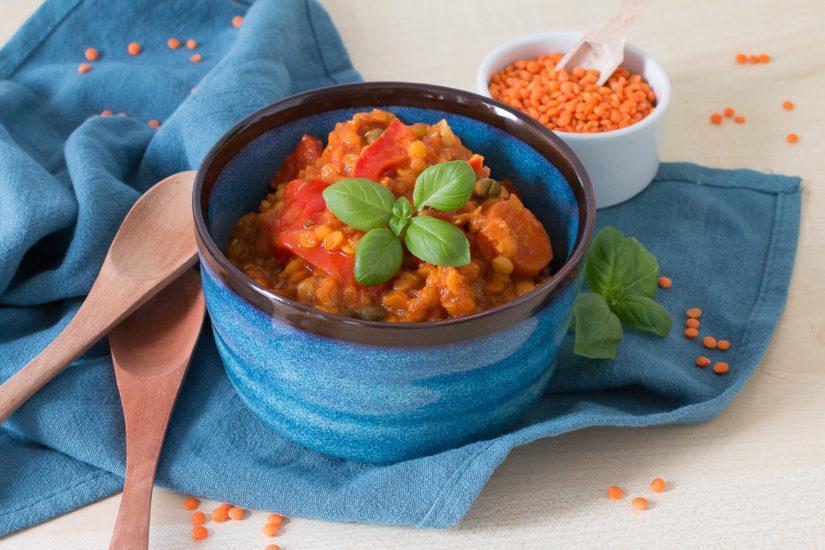 veganer glutenfreier Paprika-Linseneintopf mit Kapern