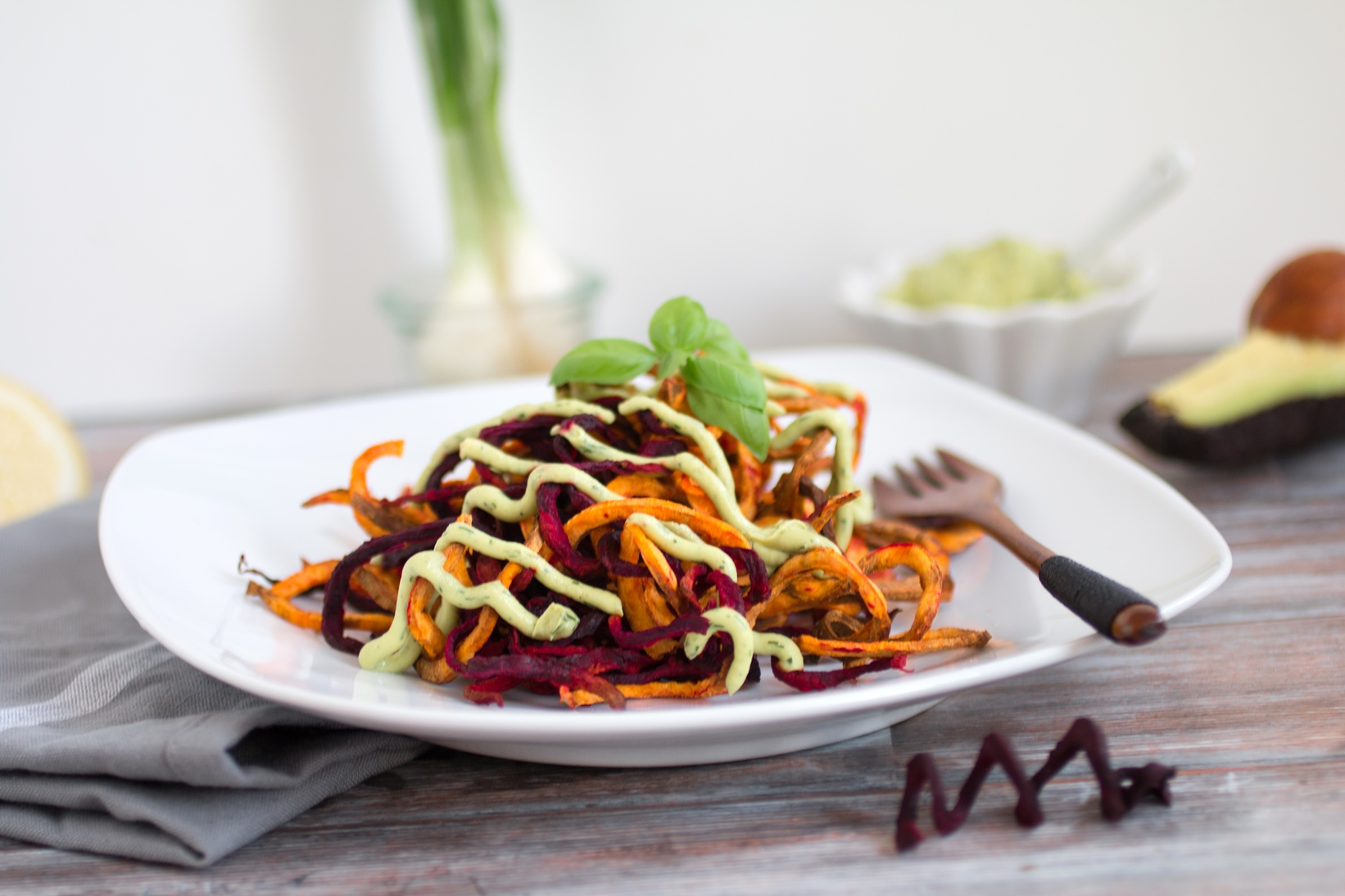 Bunte Gemüsespiralen aus der Heißluftfritteuse