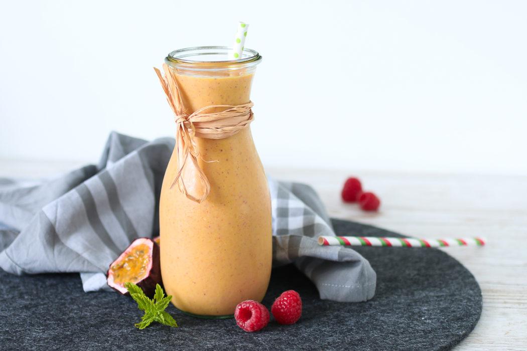 Maracuja Smoothie Sommer Shake vegan erfrischend Sommer kalorienarm