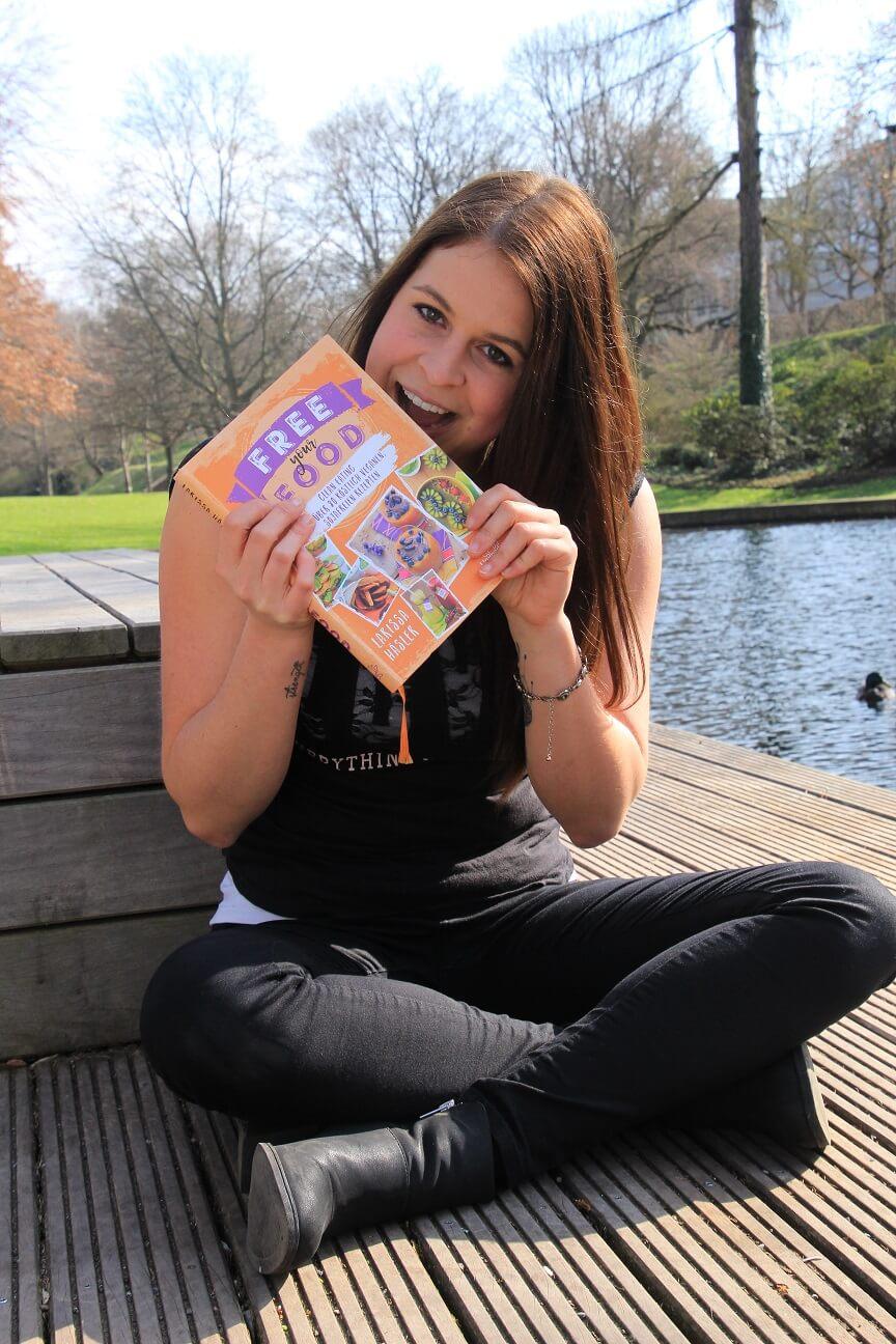 10 Fakten über mich - Larissa Häsler, Ernährungswissenschaftlerin, Food Bloggerin und Kochbuchautorin von Free your Food und Burgerglück